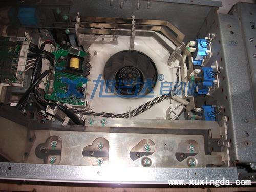 200 v 变频器中间电路直流电压欠压跳闸值是162 v, 400 v 变频器中间