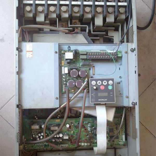 日立sj300大功率变频器维修